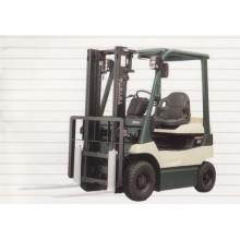 4 Wheeler Battery Power Forklift - 02