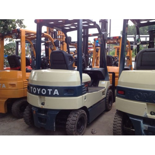 Toyota 7FB15 (Battery Forklift)