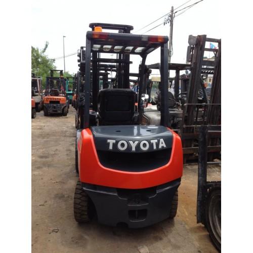 Toyota 8FD25 (Diesel Forklift )