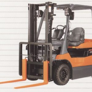 4 Wheeler Battery Power Forklift - 03
