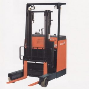 Reach Truck (Ride On) - Geneo R